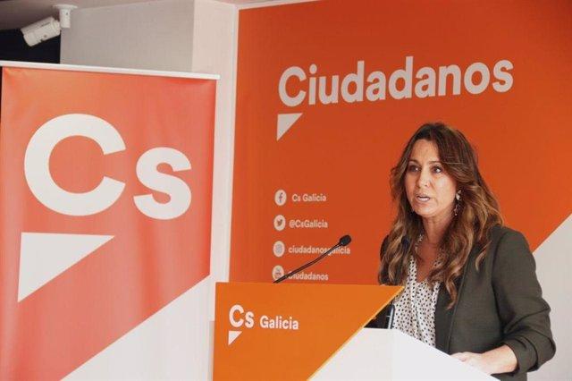 Archivo - La coordinadora de Ciudadanos Galicia, Beatriz Pino, en rueda de prensa.