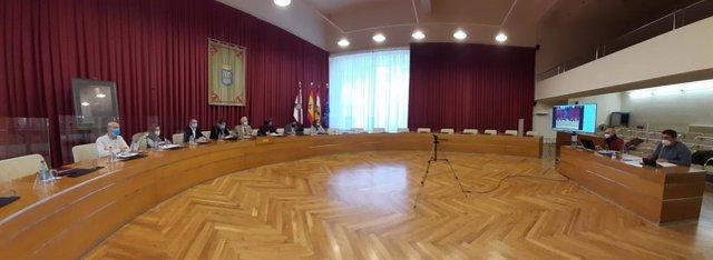 Archivo - Reunión el pasado noviembre del Consejo Social de Logroño