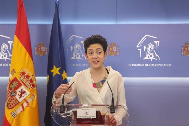 La portavoz de En Comú Podem en el Congreso, Aina Vidal, interviene en una rueda de prensa