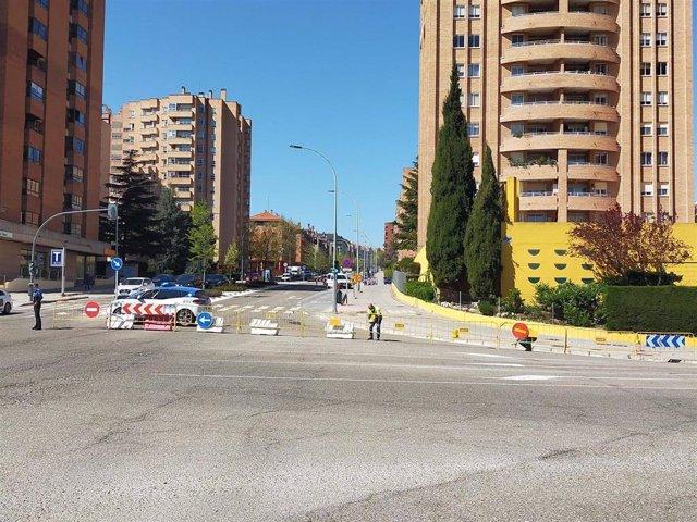Corte de la calle Hernando de Acuña por trabajos de reparación de AquaVall.