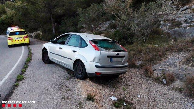 Imatge del vehicle que va impactar contra les dues dones a Bellvei (Tarragona)
