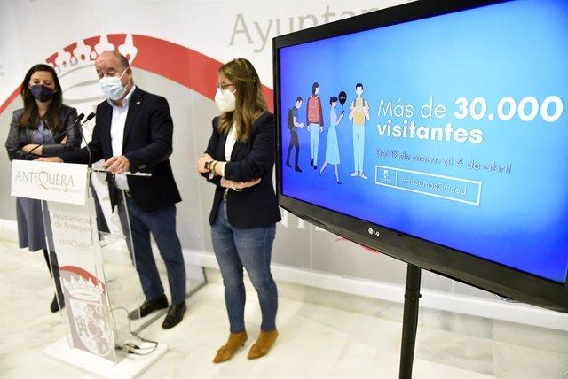 Manuel Barón, alcalde de Antequera, en rueda de prensa