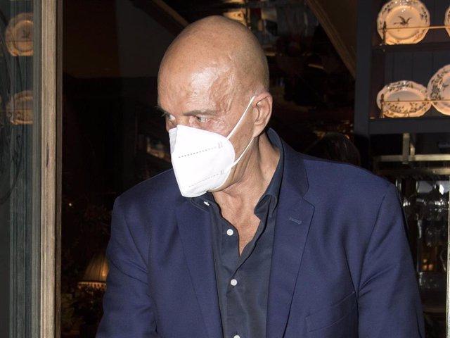 Archivo - Kiko Matamoros saliendo de un restaurante tras cenar en familia, en Madrid