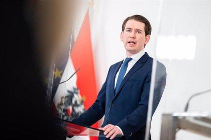 Kurz sugiere que Austria autorizará la vacuna rusa si la UE no da el paso