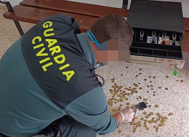 Detenido un vecino de Logroño por el robo en una tienda dedicada a la venta de productos relacionados con la marihuana