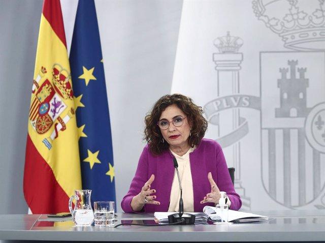 La ministra d'Hisenda i portaveu del Govern espanyol, María Jesús Montero, en una roda de premsa posterior al Consell de Ministres. Madrid (Espanya), 30 de març del 2021.