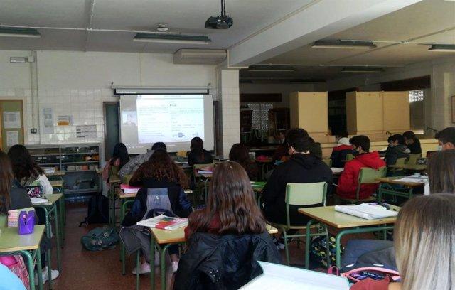 Cerca de 7.000 alumnos de 30 provincias participan en las jornadas de educación financiera para jóvenes del Proyecto Edufinet de Unicaja Banco y la Fundación Unicaja