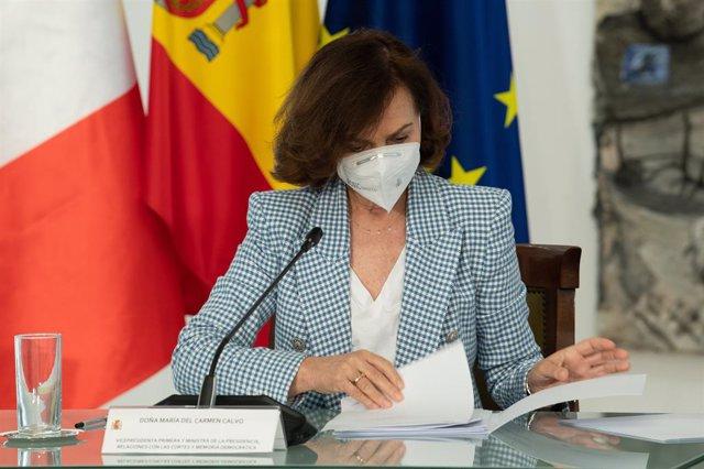 La vicepresidenta primera del Govern central, Carmen Calvo, en una trobada telemàtica (Arxiu)