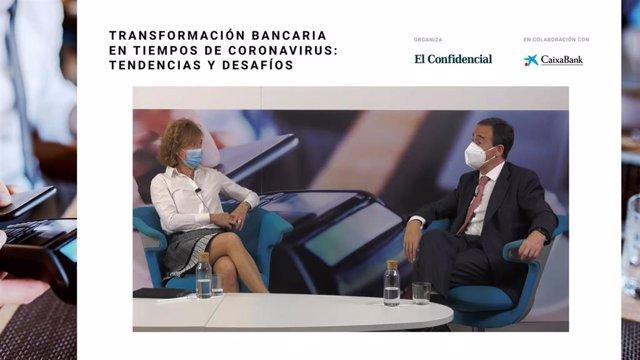 Subgonerbadora del Banco de España, Margarita Delgado, y el CEO de CaixaBank, Gonzalo Gortázar.
