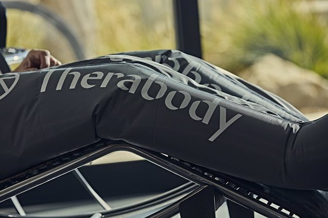Therabody compra RP Sports, empresa de compresión neumática y lanza Recovery Lounge.