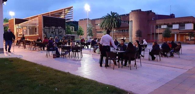 Archivo - Terraza hostelera en Gijón