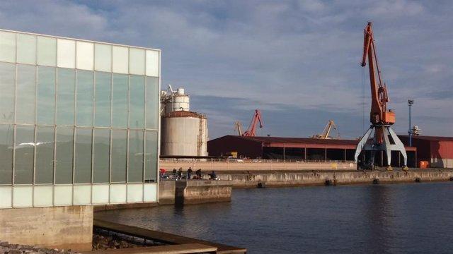 Archivo - Puerto del Musel de Gijón