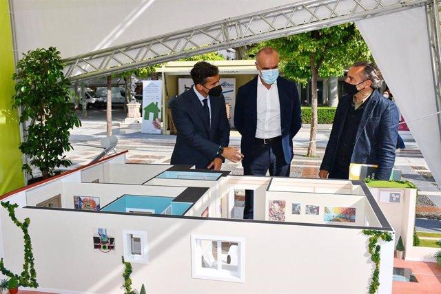 Muñoz y Flores, en la inauguración del proyecto Rehabilitaverde