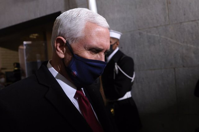Archivo - January 20, 2021 - Washington, DC, United States: Vice President Mike Pence arrives at the inauguration of U.S. President-elect Joe Biden on the West Front of the U.S. Capitol on January 20, 2021 in Washington, DC. During today's inauguration ce