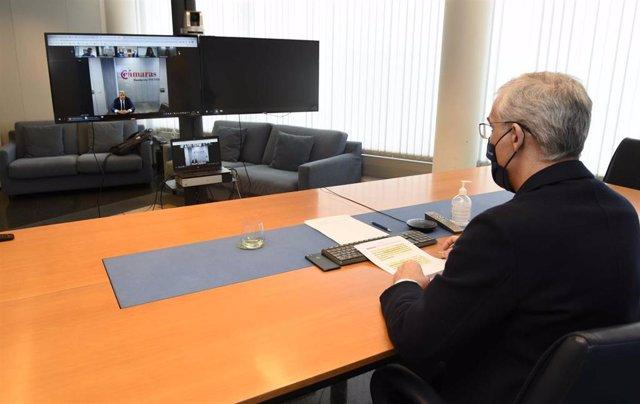 El vicepresidente y conselleiro de Economía, Empresa e Innovación, Francisco Conde, asiste por videoconferencia a la presentación de la segunda edición de la incubadora Hig Tech Auto, impulsada por Xunta, Zona Franca de Vigo e Incyde.