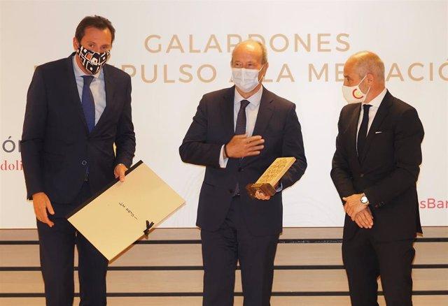Oscar Puente (i), Juan Carlos Campo y Víctor Caramanzana.