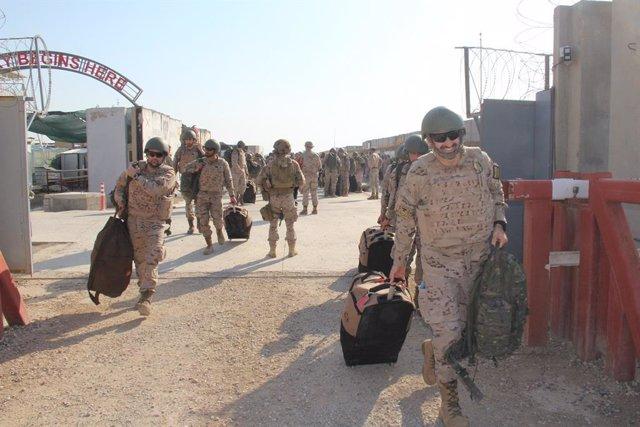 Archivo - Militares españoles en su repliegue de Irak como consecuencia del Covid-19