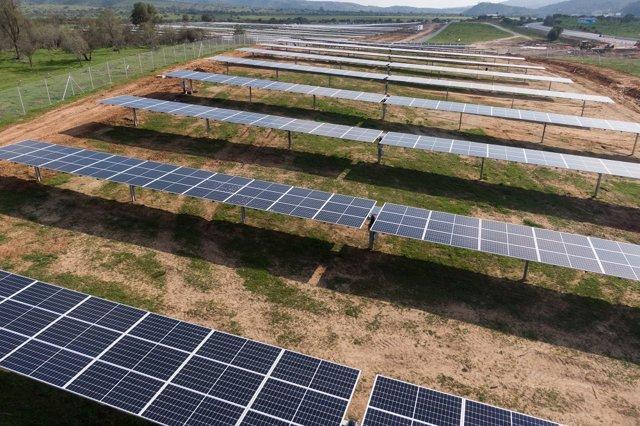 Archivo - Planta solar de Opdenergy