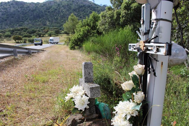 Memoriales en carretera, aplicación para recordar a fallecidos en accidentes de tráfico.