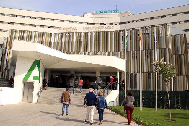 Fachada del Hospital Macarena tras los trabajos de rehabilitación