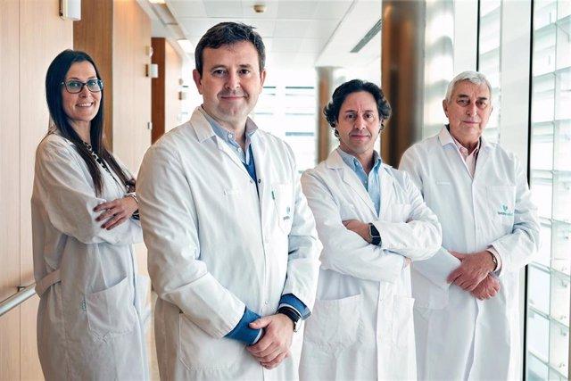 El doctor Antonio Barranco y su equipo de Cirugía de la Obesidad