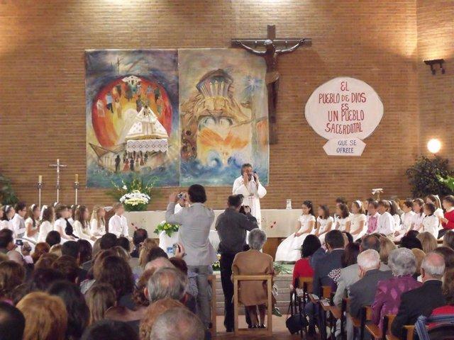 Imagen de archivo de la celebración de la primera comunión