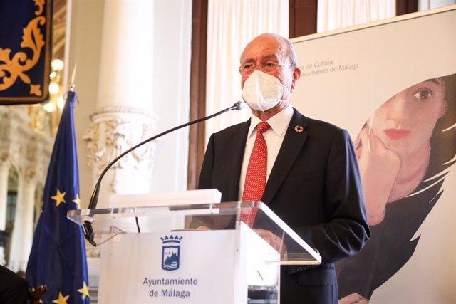 El alcalde de Málaga, Francisco de la Torre, en rueda de prensa en una imagen de archivo