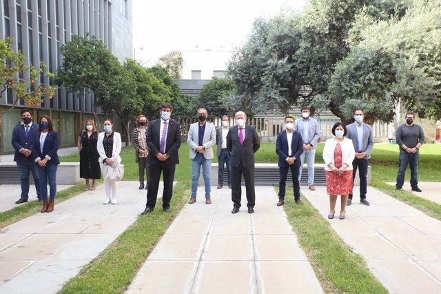 Villalobos mantiene un encuentro con responsables municipales