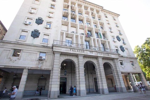 Archivo - Tribunales.-El ingreso de asuntos en los órganos judiciales en 2020 descendió un 13,2% en Andalucía