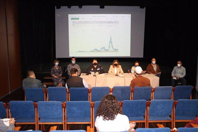 Reunión entre Ayuntamiento de El Ejido y autoridades sanitarias con la comunidad musulmana
