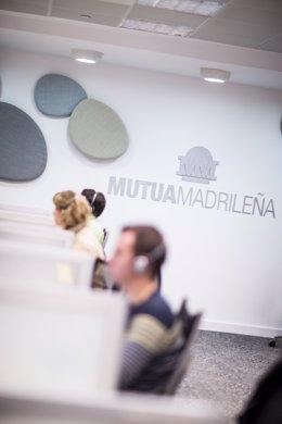 Archivo - Trabajadores de Mutua Madrileña