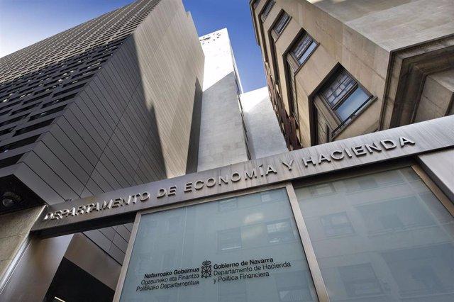 Archivo - Sede del Departamento de Economía y Hacienda del Gobierno de Navarra