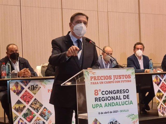 El ministro de Agricultura, Pesca y Alimentación, Luis Planas, en el 8º Congreso Regional de UPA-A.