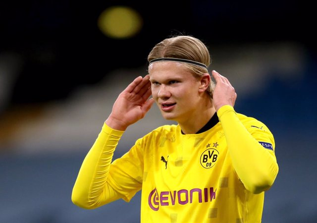 06 April 2021, United Kingdom, Manchester: Borussia Dortmund's Erling Haaland is pictured during the UEFA Champions League quarter-final first leg soccer match between Manchester City and Borussia Dortmund at the Etihad Stadium. Photo: Nick Potts/PA Wire/