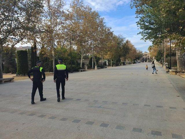Archivo - Patrilla de la Policía Local de Alcalá la Real