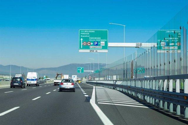 Archivo - Una de las autopistas que Atlantia tiene en Italia a través de Autostrade