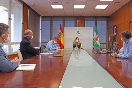 Mestre destaca el apoyo de la Junta a las energías renovables en la provincia