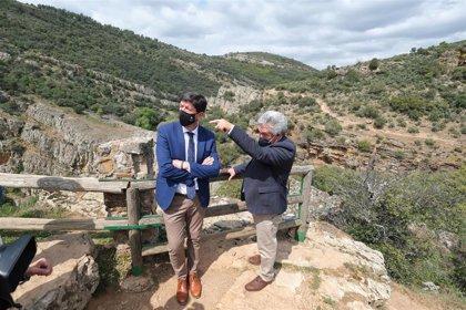 """Turismo.- Marín subraya """"la apuesta firme"""" de Aldeaquemada por el turismo como motor de la economía local"""
