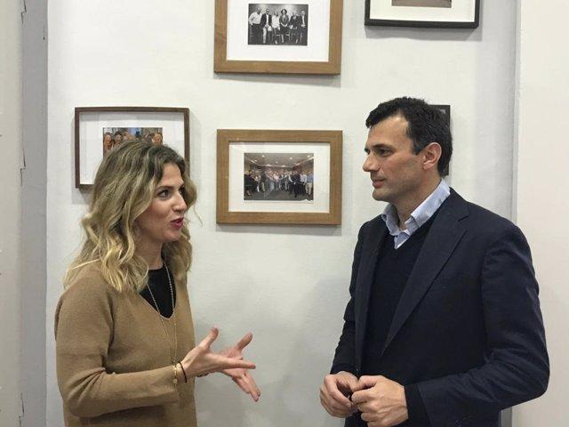 Archivo - La presidenta del PP de Cádiz, Ana Mestre, y el diputado andaluz del PP Bruno García, en una foto de archivo.