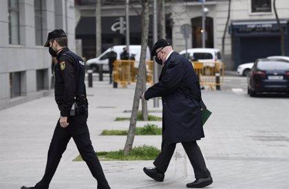 El juez de 'Tándem' autoriza a Villarejo a presentarse en los juzgados sólo una vez por semana