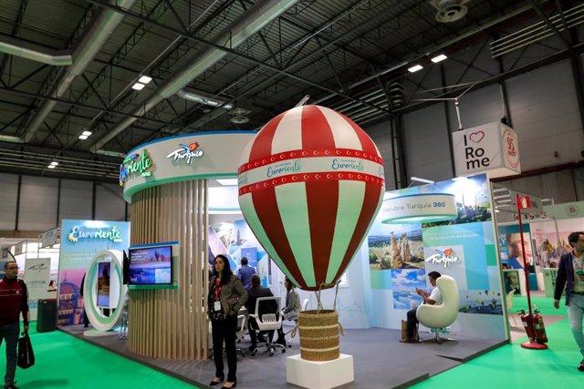 Archivo - Stand de Turquía en uno de los pabellones de Ifema durante la inauguración de la Feria Internacional de Turismo de Madrid, FITUR 2020 (22-26 enero) en Madrid (España), a 22 de enero de 2020.