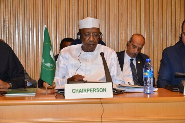 Archivo - El presidente de Chad, Idris Déby, durante la cumbre de la Unión Africana