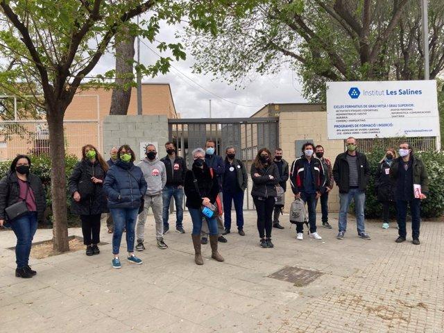 Assemblea de treballadors de l'Institut Ses Salines del Prat de Llobregat (Barcelona)