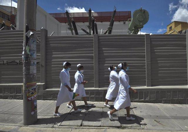 Enfermeras en La Paz, Bolivia