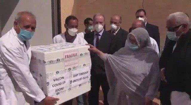 Entrega de vacunas al Ministerio de Salud Pública saharaui