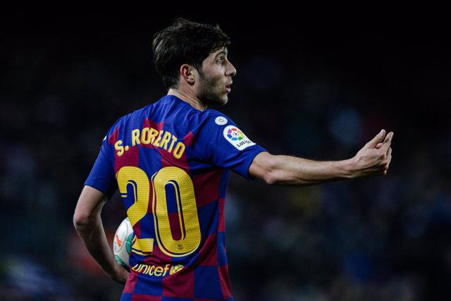 Archivo - 20 Sergi Roberto from Spain of FC Barcelona during the La Liga Santander match between FC Barcelona and RCD Mallorca in Camp Nou Stadium in Barcelona 07 of December of 2019, Spain.