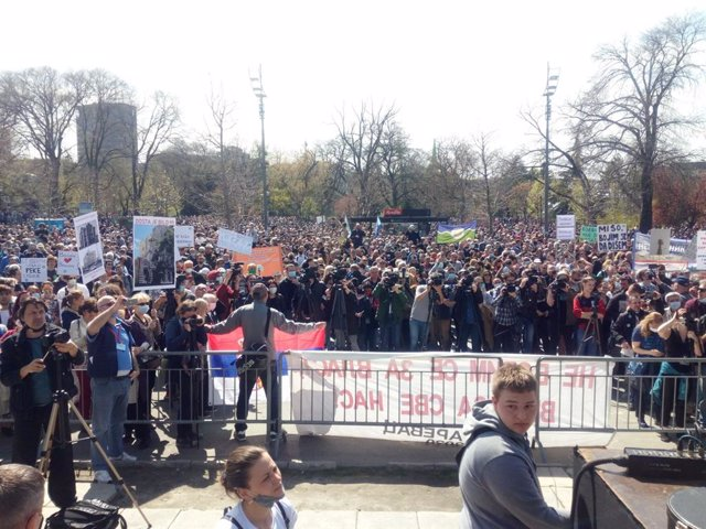 Manifestación ecologista en Belgrado, Serbia