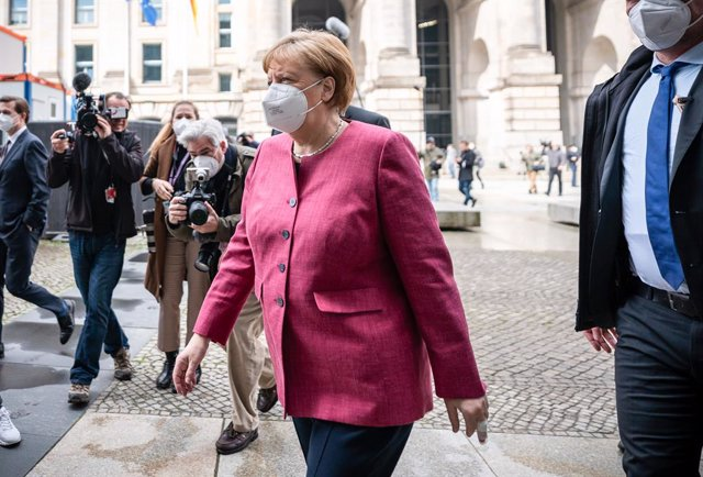11 April 2021, Berlin: German Chancellor Angela Merkel arrives to attend the closed meeting of the executive committee of the Christian Democratic Union of Germany (CDU)/ Christian Social Union in Bavaria (CSU) parliamentary group in the Bundestag. Photo: