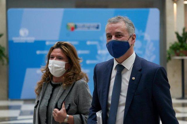 La consejera de salud Gotzone Sagardui y el Lehendakari, Iñigo Urkullu