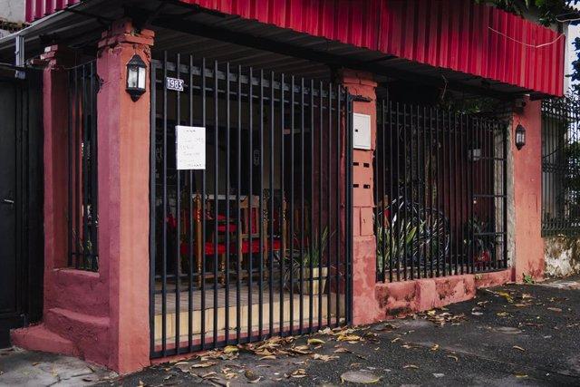 Restaurante cerrado en Asunción, Paraguay